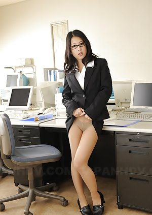 Asian in Glasses Porn